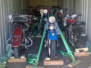16-Classic-motorbikes_fs