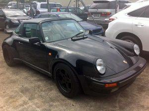 Porsche-930-1988_fs
